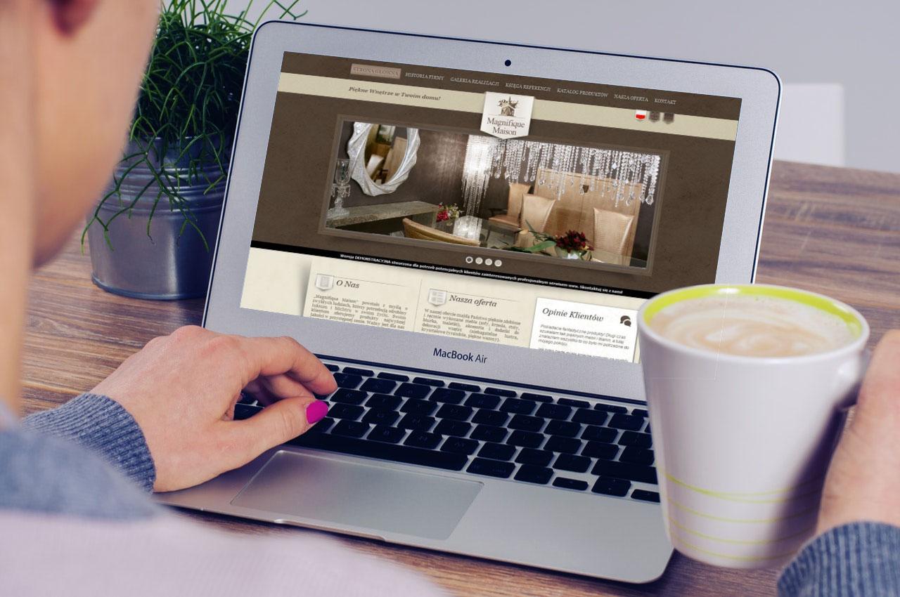 Portfolio BlueSky System: Magnifique Maison - Laptop